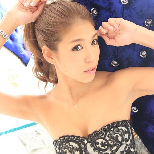 福岡・福岡市(ニュークラブ)Club Arinaに所属する美神 ちあき(Chiaki Mikami)