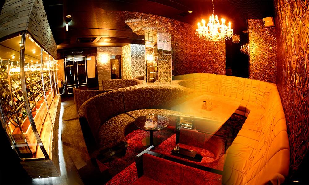 New Club Camellia 国分店(カメリア コクブ)の写真