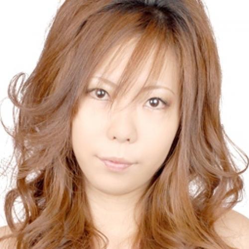 長崎・長崎市(キャバクラ)NEW CLUB 月ノ雫に所属する瞳(Hitomi)